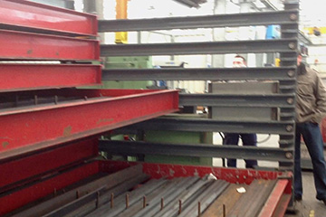 Steel flat bar storage rack: motorised