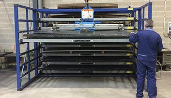 Geautomatiseerde platenstelling met elektrische bediening
